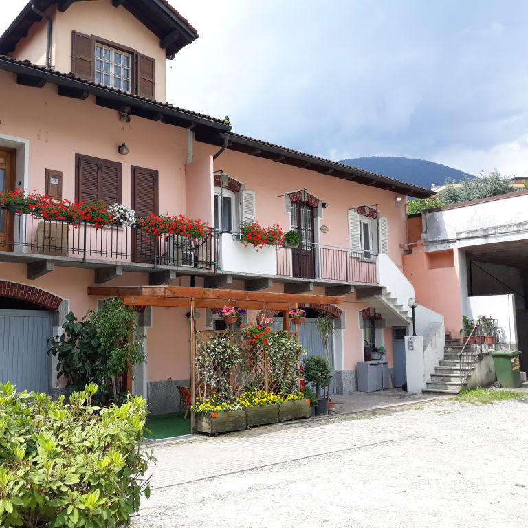 residence-arvinei-domodossola-ossola-casa-vacanze-image006-quadrato