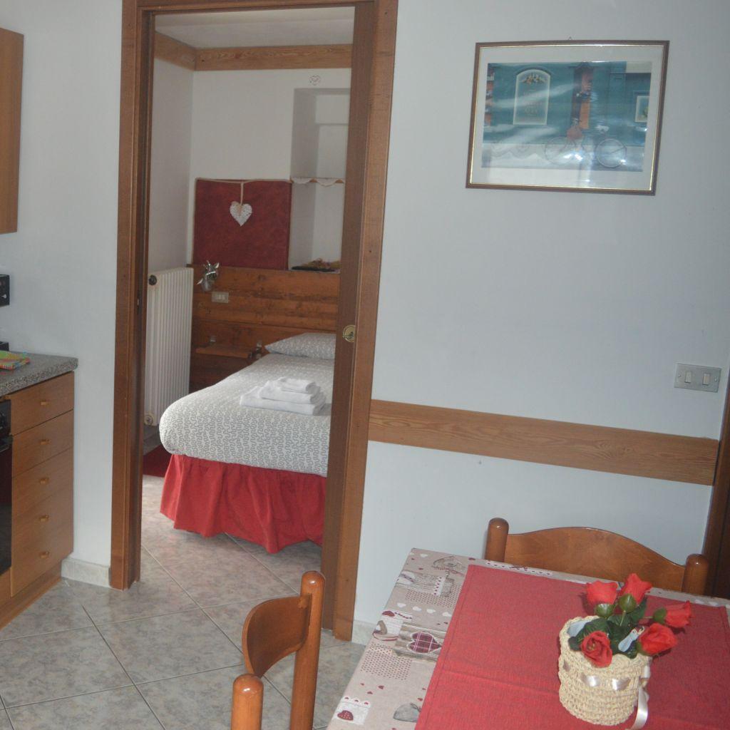 residence-arvinei-valle-vigezzo-zornasco-casa-vacanza-appartamenti-isela-5_edited